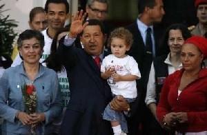 Sacar a las FARC y al ELN del listado de grupos terroristas o romper la lista