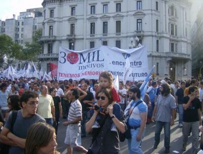 30.000 desaparecidos, PRESENTES!