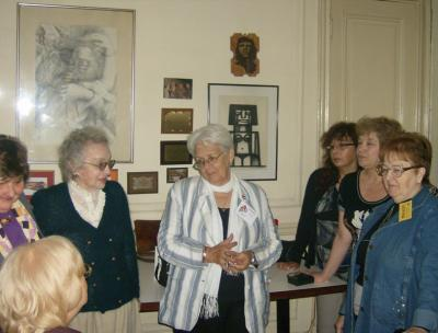 Emotivo encuentro en Buenos Aires con la madre de Antonio Guerrero