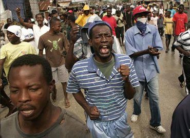 Aplastando a Haití, ahora igual que siempre